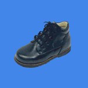 http://ortopediaavis.es/200-250-thickbox/calzado-infantil-m595.jpg